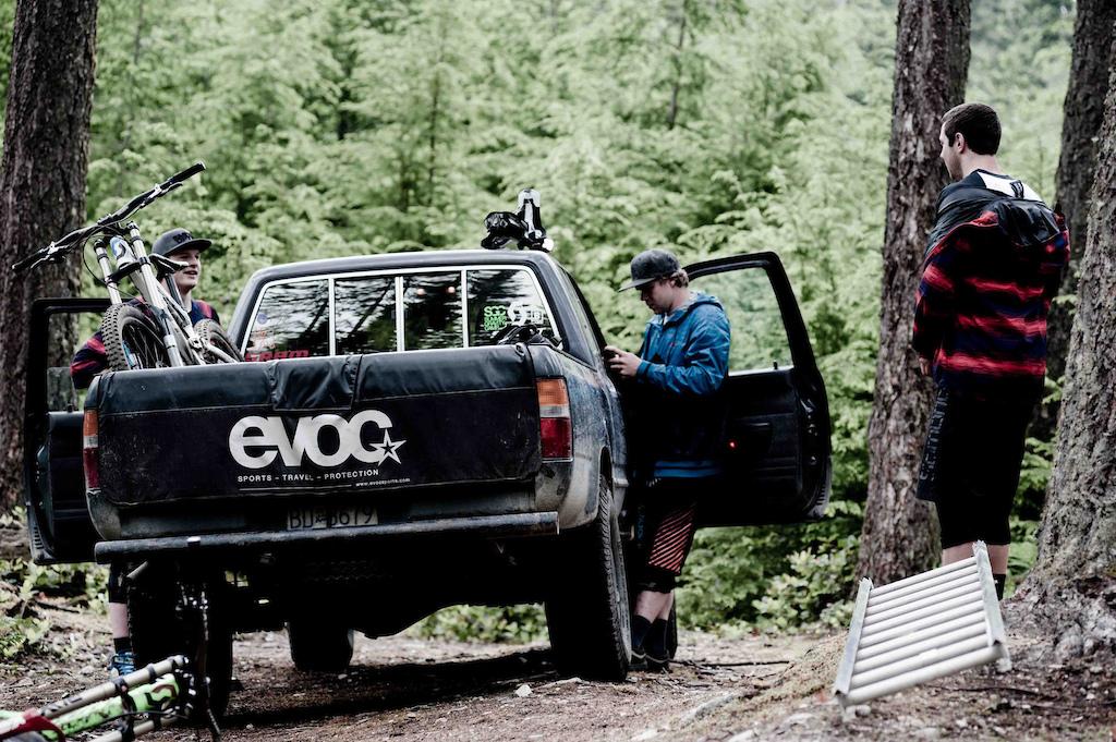 EVOC Pick Up Pad Tailgate